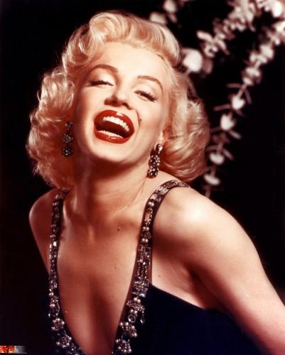 Marilyn-Monroe-marilyn-monroe-12891202-2057-2560-1.jpg